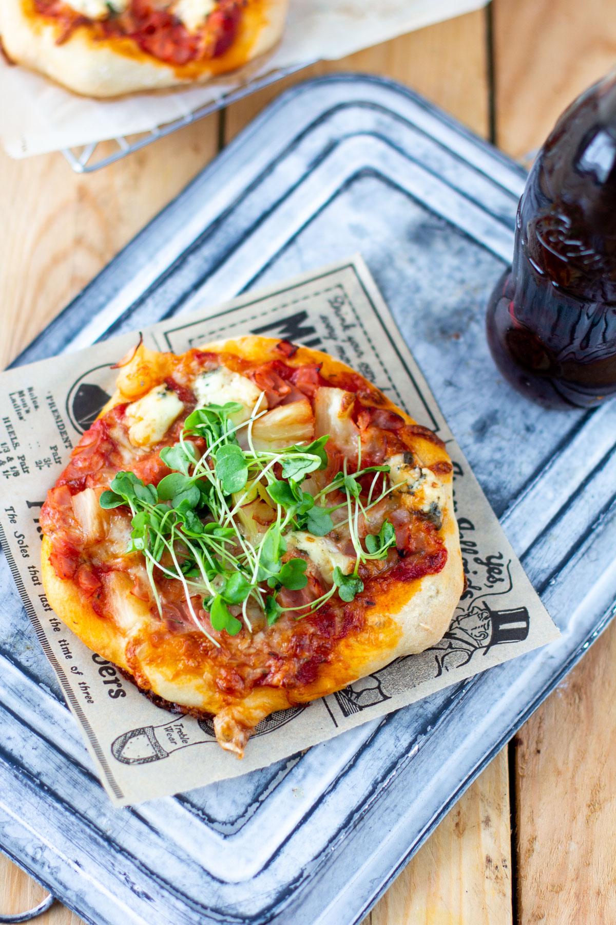 Pitsat ylhäältä kuvattuna / best pizza